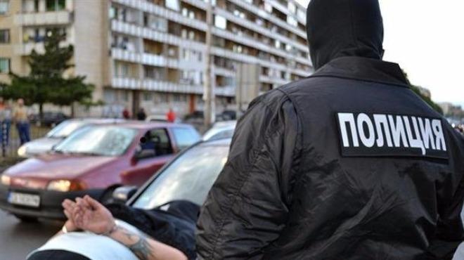 Разбиха група за изнудване и пране на пари