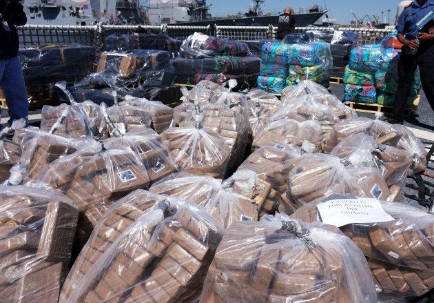 Колумбия конфискува над 1 тон кокаин