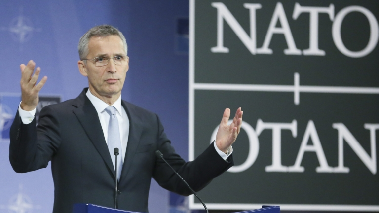 НАТО призова Иран да освободи заловените кораби и техните екипажи