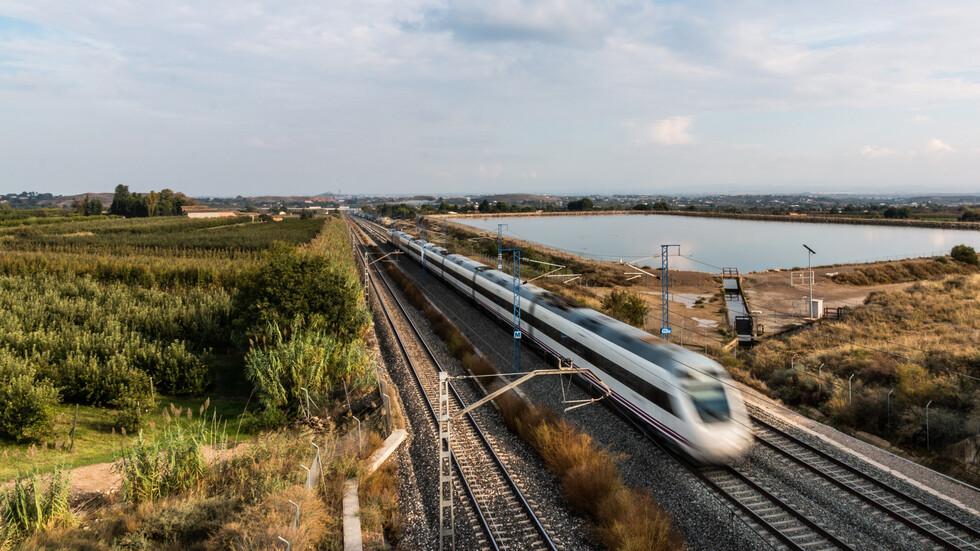 Жегата спря високоскоростните влакове в Западна Европа