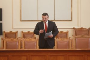 Младен Маринов: Има теч на информация при хакерската атака на НАП