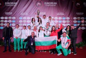 Награждават медалисти от европейски първенства в борбата