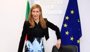 Ангелкова: Конкуренцията е причина за спада в туризма