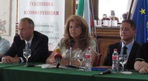 Йотова: Образованието зад граница е най-добрата политика с българските общности, но не е достатъчна