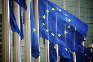 ЕК блокира достъпа на 5 страни до финансовите пазари на ЕС