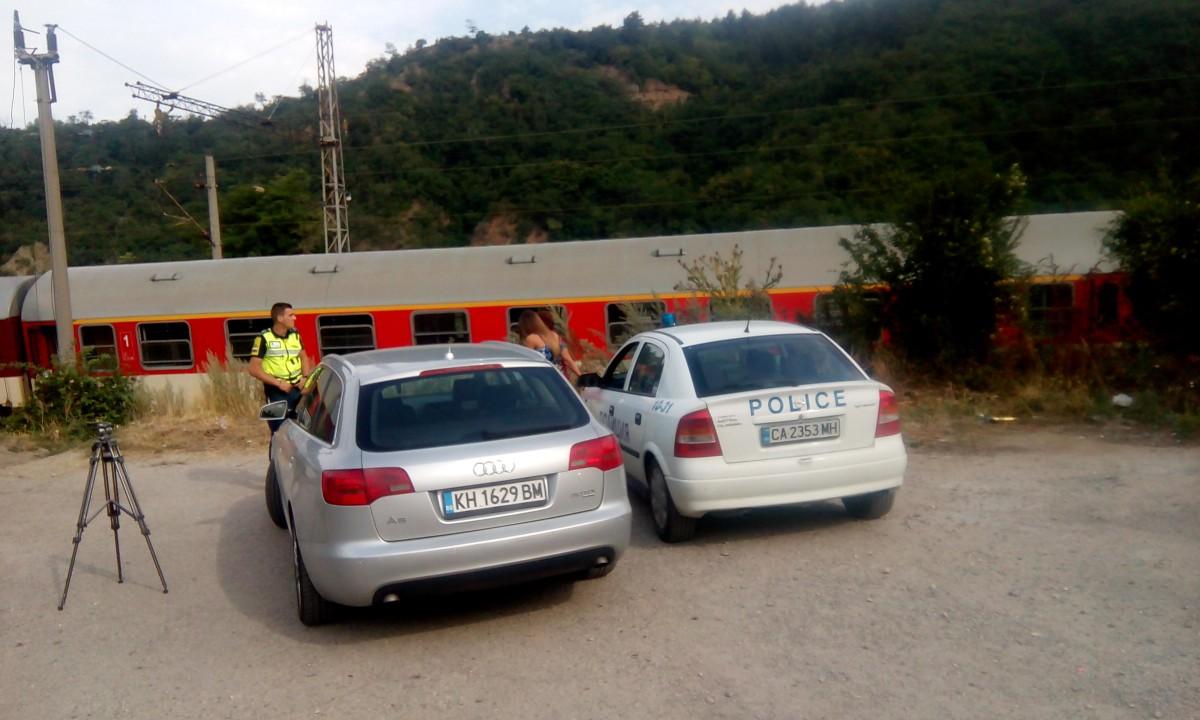 Бързият влак Петрич-София спрян заради прегазена жена