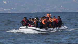 Повече от 40 мигранти бяха спасени в Средиземно море