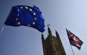 Опозицията във Великобритания поиска оставане в Европейския съюз