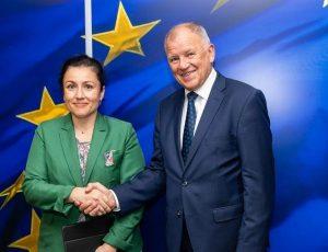 България получи 2.9 милиона евро подкрепа като първи транш от ЕК за борба с Африканската чума