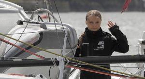 Грета Тунберг пристигна в Америка след опасно плаване през Атлантика