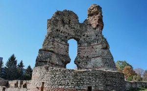"""Крепост """"Кастра Мартис"""" – град Кула"""