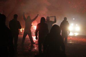 Сблъсъци между полиция и анархисти в Атина