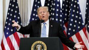 Скандален бивш агент съди ФБР за уволнение след критики срещу Тръмп