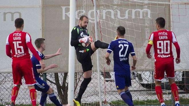 Лудогорец и Славия не си вкараха гол в мач с ужасно съдийство