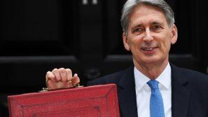Великобритания отделя допълнителни 2,1 милиарда паунда при Брекзит-без-сделка