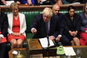 Джонсън призова опозицията да внесе вот на недоверие към правителството