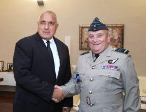 Борисов: Успешно инвестираме в отбрана, изпълняваме ангажиментите към НАТО