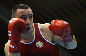 Руснак спря Пантелеев на полуфиналите на Световното