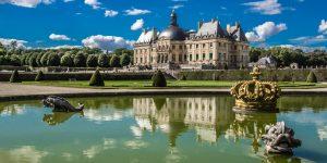 Бандити обраха замък във Франция
