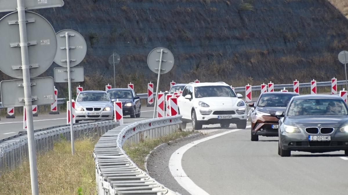 """Нанков: Взимаме крути мерки за материалите около моста на АМ """"Струма"""""""