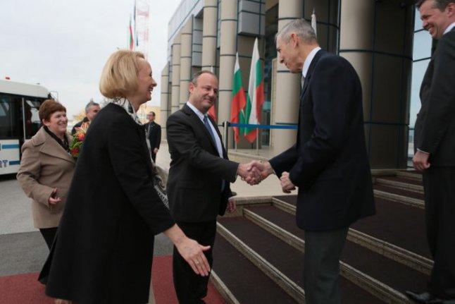 Новият посланик на САЩ в ООН пристигна в Ню Йорк