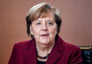 Рухани и Меркел обсъдиха ядрената сделка в Ню Йорк