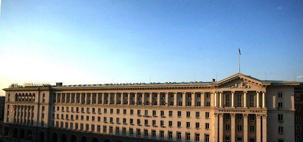Кабинетът решава за допълнителни трансфери по бюджета на МО