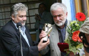 Почина писателят Любомир Левчев