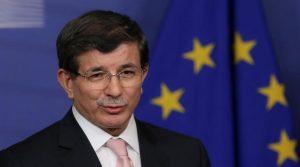 Изключиха бившия премиер Давутоглу от управляващата партия в Турция