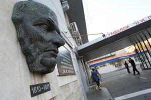 """Оперираха успешно пострадалата от """"Хемус"""" жена, Ананиев лично провери"""