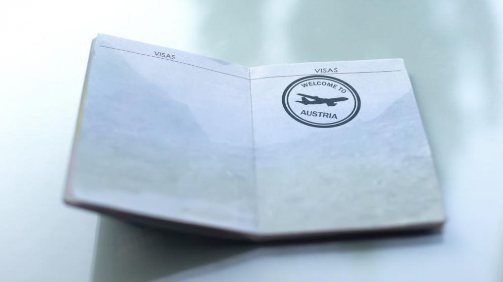 Разкриха балканска схема за продажба на гражданство във Виена
