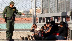 Близо един милион арести на мигранти в САЩ за година
