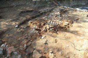Археолози показват находки от неолитна Слатина в София