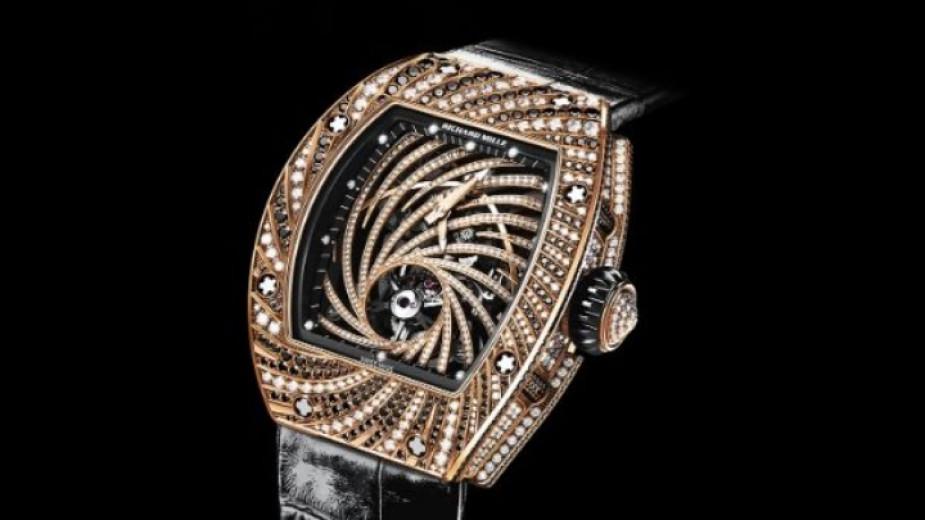 В Париж от японец задигнаха часовник за $840 000