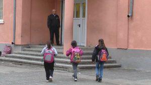 """Учениците от ромския квартал """"Надежда"""" са на училище"""