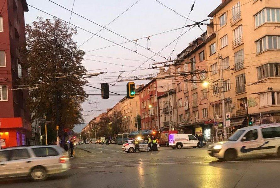 Автомобил уби пешеходец в района на Петте кьошета