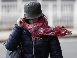 Силен вятър в Северна България, рязко застудяване в петък