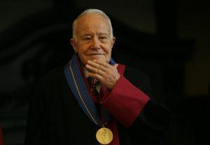 Почина дипломатът проф. Александър Янков
