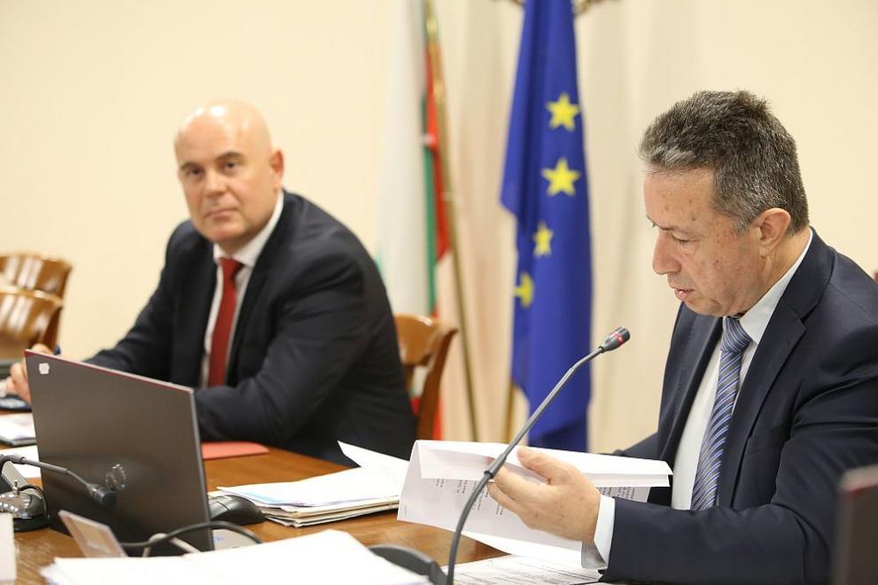 Министърът на правосъдието и главният прокурор обсъдиха Бюрото по защита