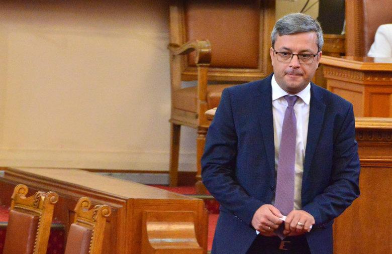 Тома Биков: Радев иска да се освободи от част от партиите на протеста