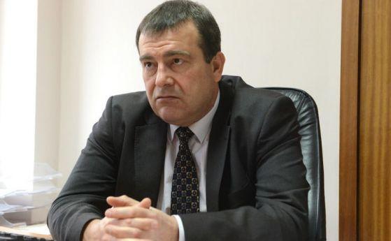Петров: До месец учителите и държавните служители ще са задължени да имат зелен сертификат